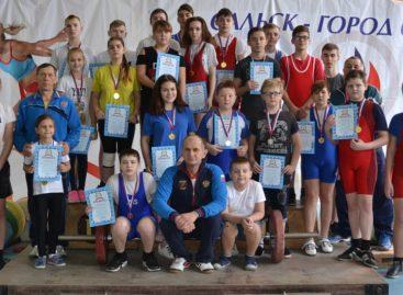 Проба штанги: юные тяжелоатлеты соревновались в Сальске