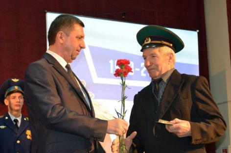 В Сальске поздравили мужчин с 23 февраля