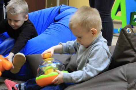В Сальском районе воспитанник центра помощи детям участвовал в новогодней акции