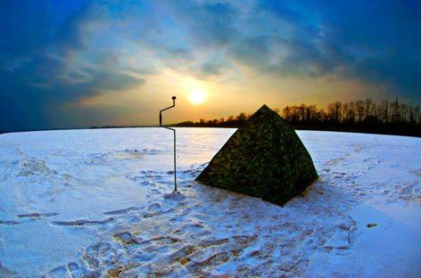 На льду Весёловского водохранилища найден мёртвый рыбак