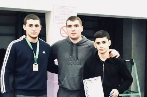 Гигантовские борцы привезли медали из Ростова
