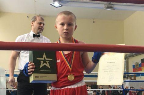 Сальские боксеры стали победителями турнира «Боевые перчатки» в Ростове