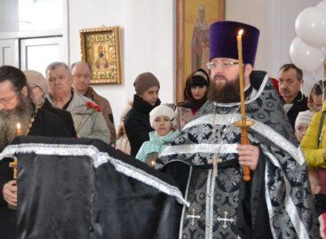 В день траура в Сальске прошла панихида по погибшим в Кемерове