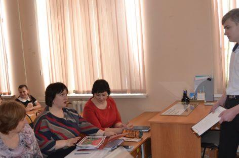 Юные исследователи Сальского района представили на суд жюри свои работы