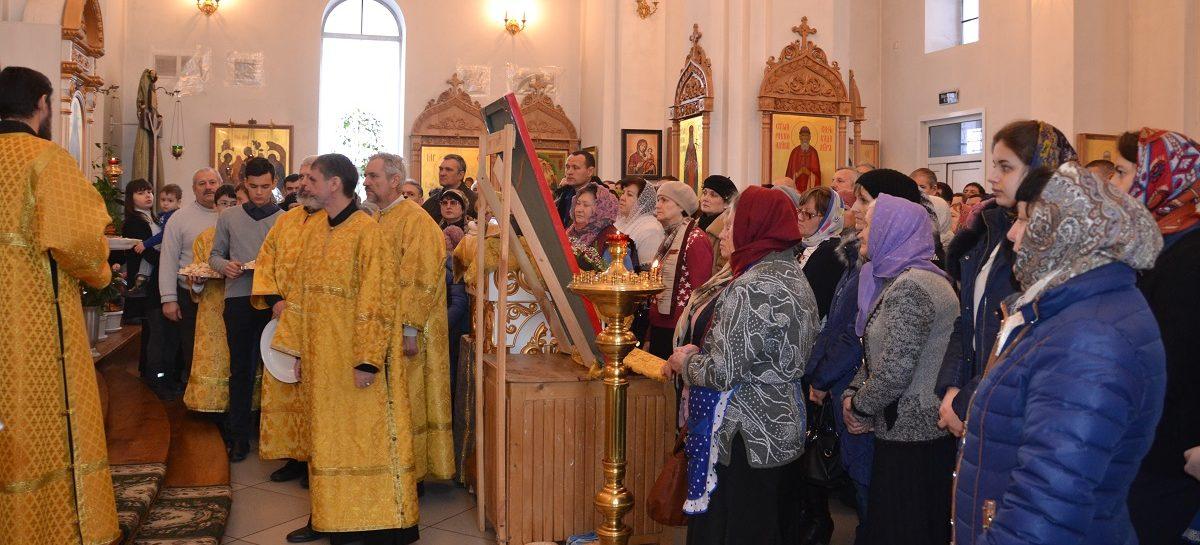 В сальском храме Святителя Димитрия Ростовского сегодня пройдет панихида