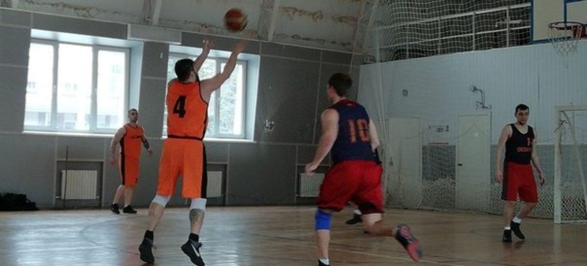 Баскетбол: сальчане в составе «Искры» потерпели первое поражение