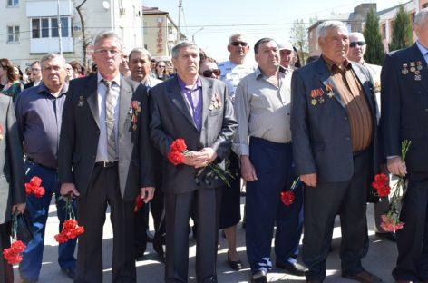Сальские ликвидаторы собрались на митинг к 32-й годовщине аварии на ЧАЭС