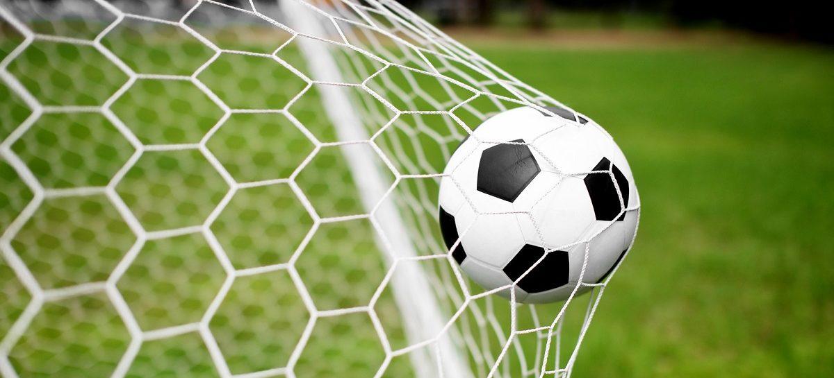 Сальский чемпионат по футболу: «Сандата» сделала заявку на 3-е место