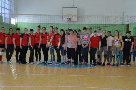 Волейболистки Сандаты и Ивановки провели товарищеский матч