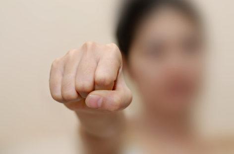 Происшествия в Сальске: кулаки пускали в ход не только мужчины