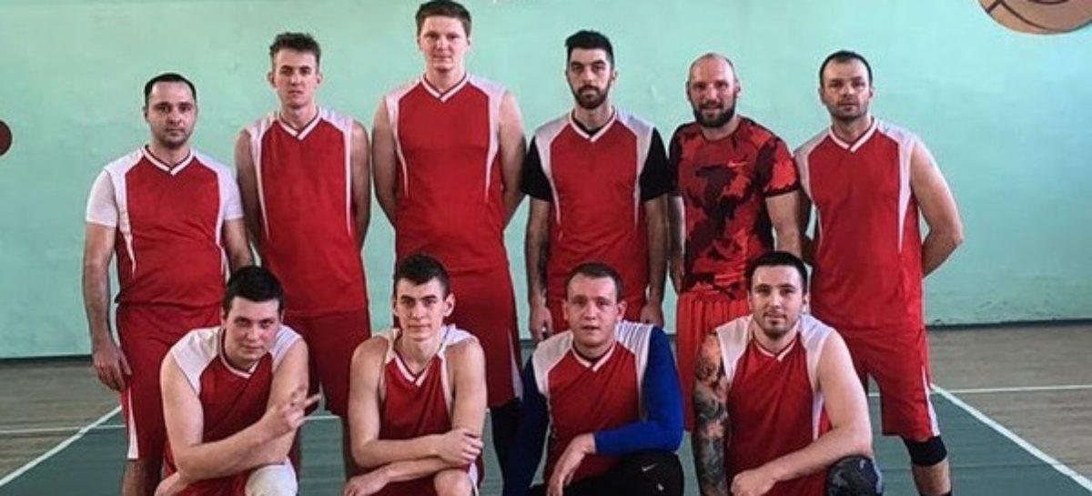 Любителей баскетбола приглашают поболеть за участников чемпионата Сальска