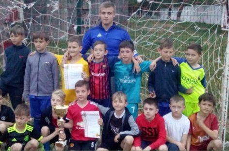 Сальский Кубок Победы разыграли юные футболисты Сальска и Орловки