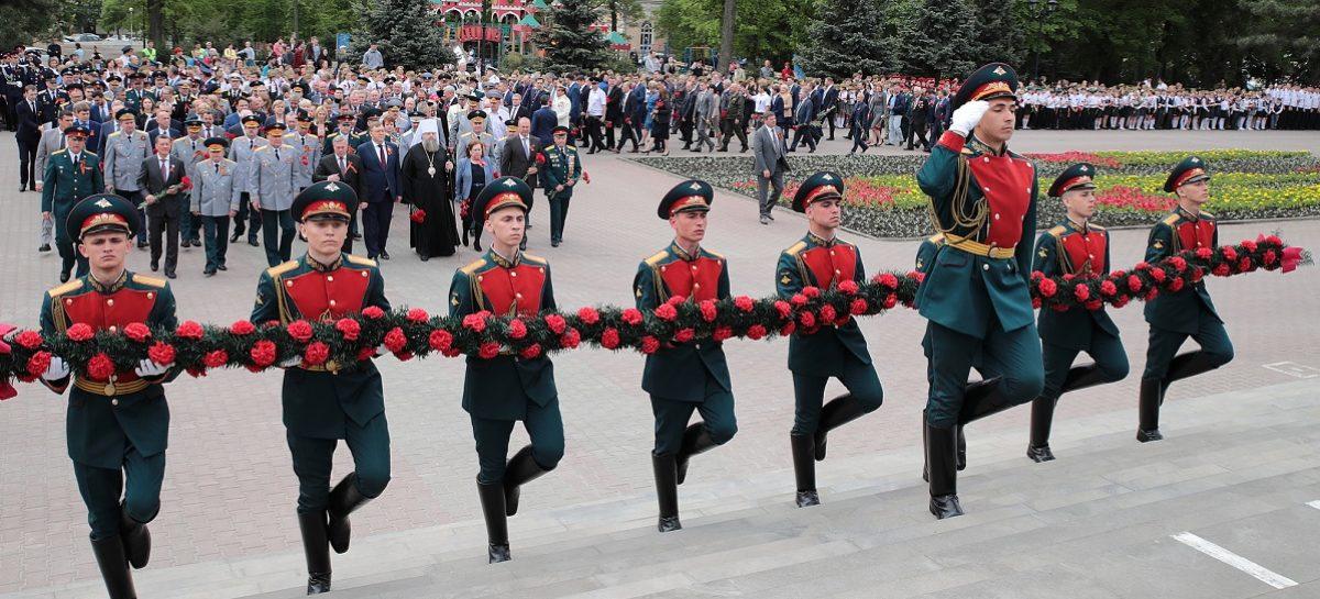 Сальские ветераны приняли участие в торжествах в столице Дона
