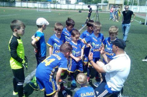 Сальчанам из ФК «Легион» осталось два шага до высшей лиги областного первенства по футболу