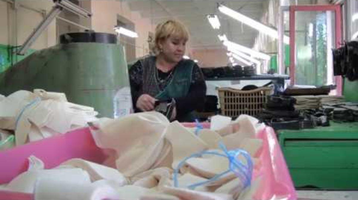Легкая промышленность — нелегкое дело: как сегодня живет сальская обувная фабрика