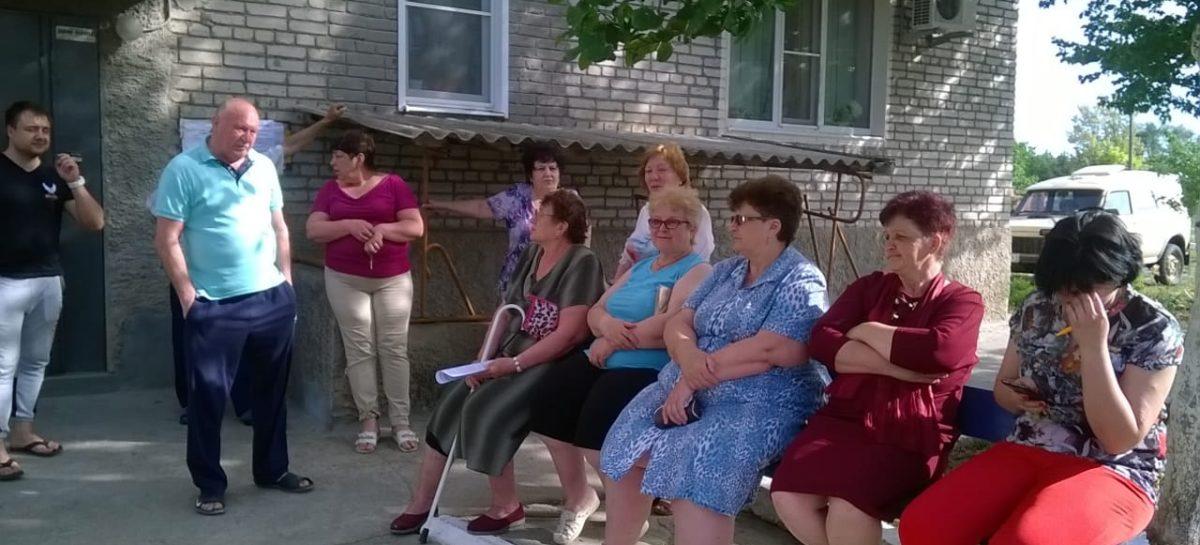 Коммунальные страсти: жильцы сальской многоэтажки не определятся, нужен ли им котёл