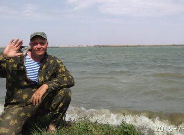 Житель посёлка Белозёрный досрочно завершил свой сплав по реке Егорлык