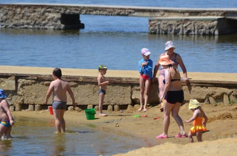 Можно ли купаться на городском пляже в Сальске?