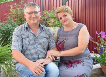 Серебряная свадьба сальской семьи: живут в любви и верности