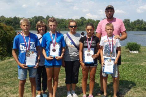 Сальские гребцы завоевали четыре медали областного первенства