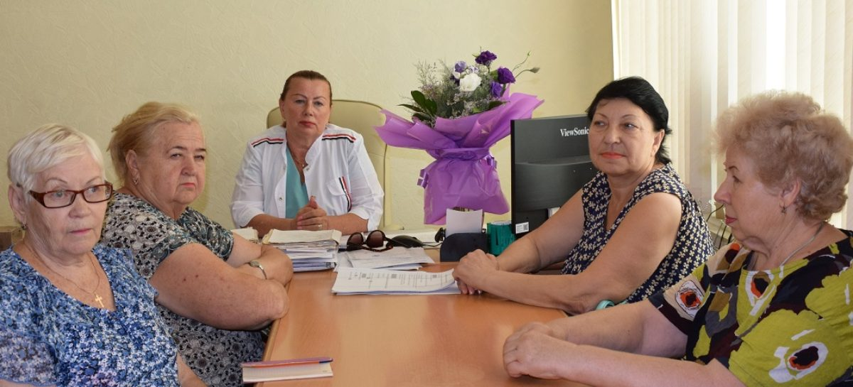 Льготники и медики обсудили вопросы лекарственного обеспечения