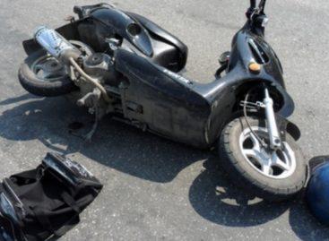 В Сальске столкнулись скутер и погрузчик