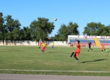 Сальчан приглашают поболеть за свою команду на областном первенстве по футболу