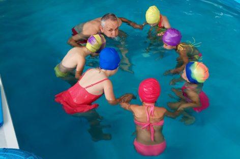 В бассейне недавно открытого детского сада в Сальске начались занятия
