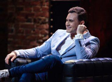 Премьера первого комедийного хейт-шоу: на ТНТ4 «прожарят» Николая Соболева