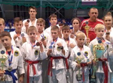 Сальский «Боец» защитил честь Сальска на соревнованиях в Волгограде