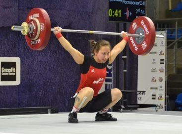 Сальская тяжелоатлетка Кристина Соболь завоевала серебро чемпионата России