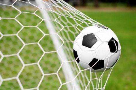 Сальский футбол: борьба за третье место в районном чемпионате обострилась