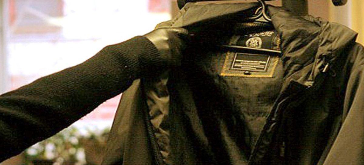 Сальчанин в чужом доме украл из пиджака 6000 рублей и скрылся