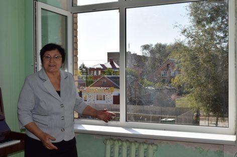 В сальской школе искусств им. В.Н. Еждика заменили окна