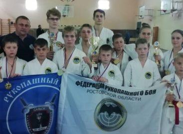 «Боец» посвятил свои победы в Волгодонске Дню города Сальска