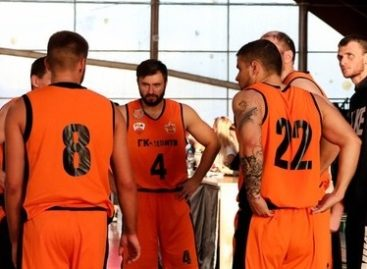 Баскетболисты Сальска выступают сразу на трех областных турнирах
