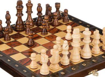 Сальские шахматисты вернулись с медалями из станицы Егорлыкской