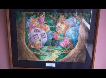 «Удивительный мир» показывают юные художники сальчанам