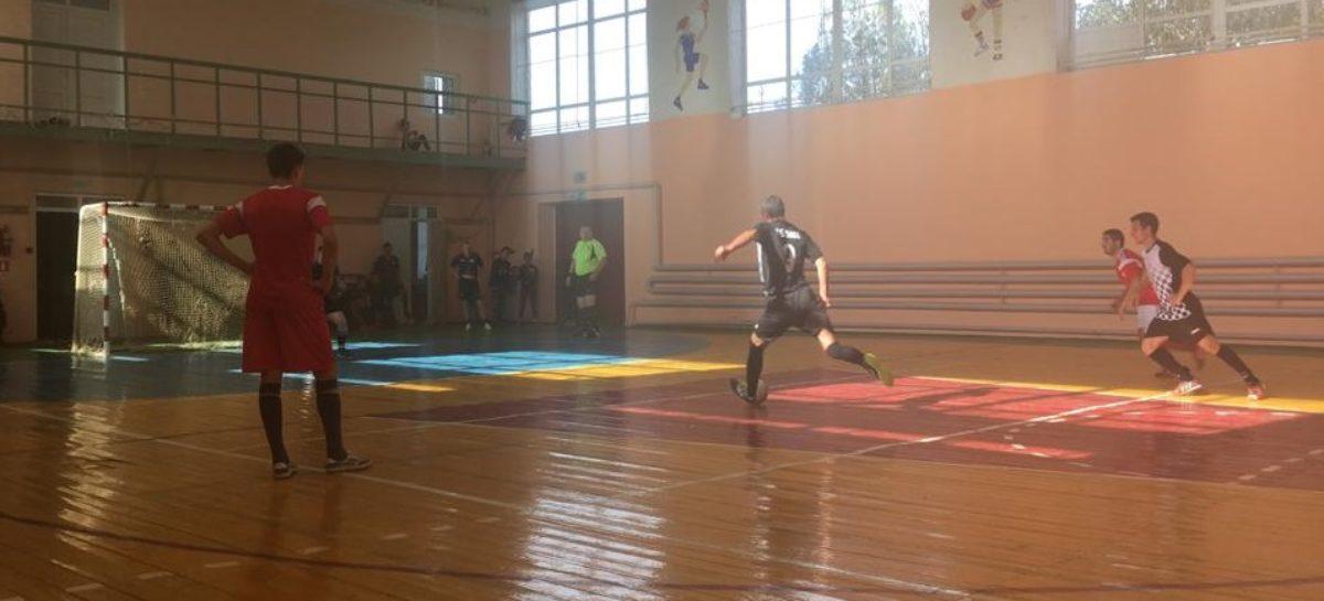 Страсти вокруг мяча: как сыграли третий тур Единой лиги по мини-футболу