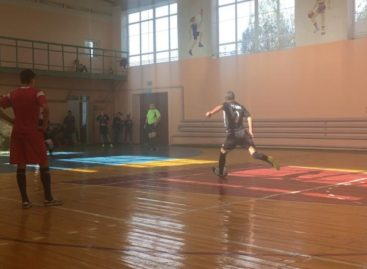 Мини-футбол: сальчане продолжают борьбу в Кубке Лиги