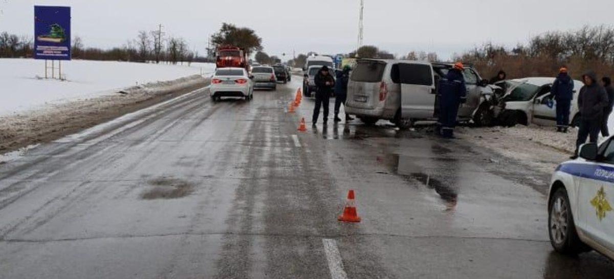 В Сальском районе водитель погиб в лобовом столкновении