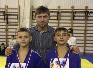 Сальские дзюдоисты добыли два «серебра» в станице Павловской
