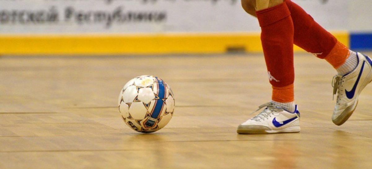 Сальский мини-футбол: сохраняйте расписание игр на ноябрь!