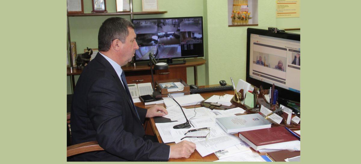 На интерактивном приёме губернатора прозвучал вопрос от сальчан