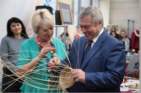 Глава региона Василий Голубев дал старт областному Году народного творчества