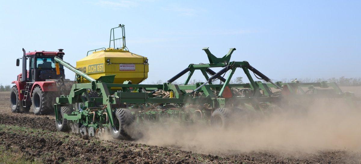Аграрии Сальского района приступили к весеннему севу