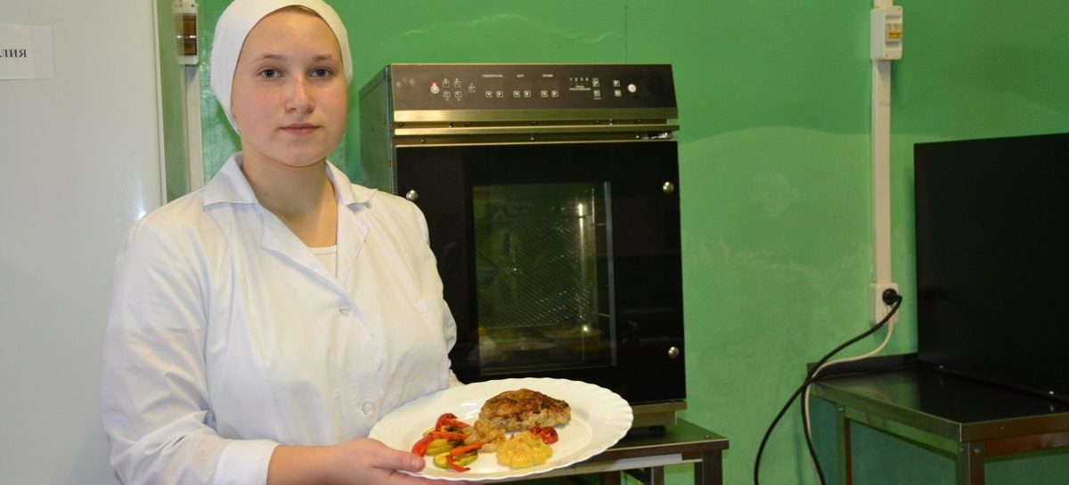 Студентка СИТ Ольга Меденец представит Ростовскую область на XVIII молодёжных Дельфийских играх России