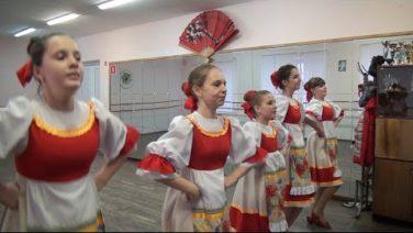 Сальские «Хорошки» своими танцами покорили жюри международного конкурса в Краснодаре