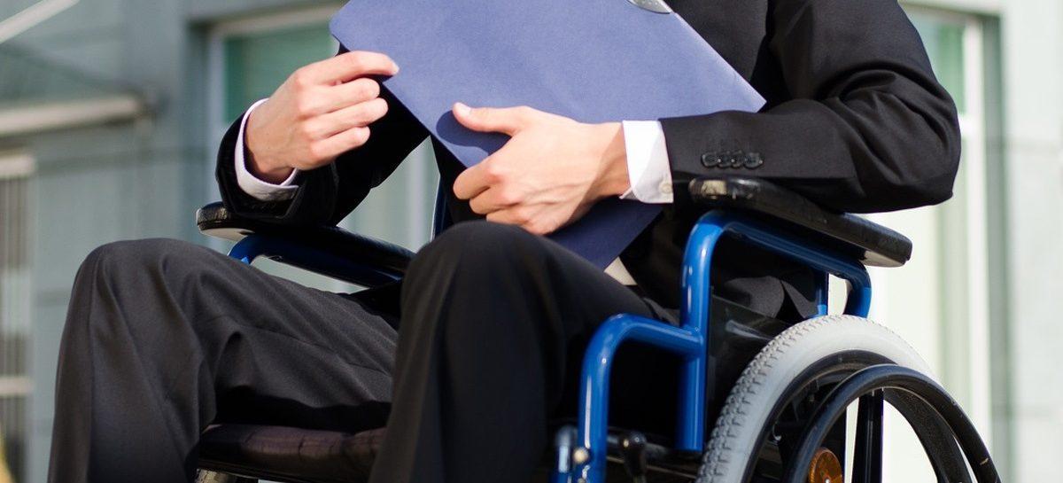 Незанятым инвалидам окажут помощь при трудоустройстве