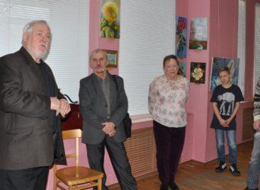 Учитель и ученик открыли выставку в сальском музее